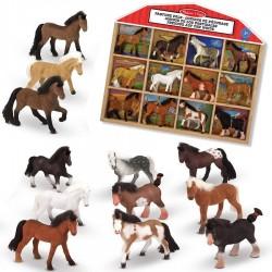 12 chevaux figurines dans présentoir en bois