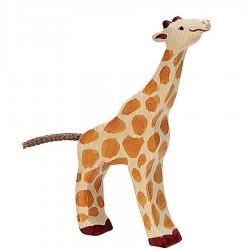 Animaux en bois petite girafe mangeant figurine Holztiger